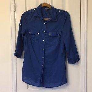 GUC Le Chateau button down 3/4 sleeve top